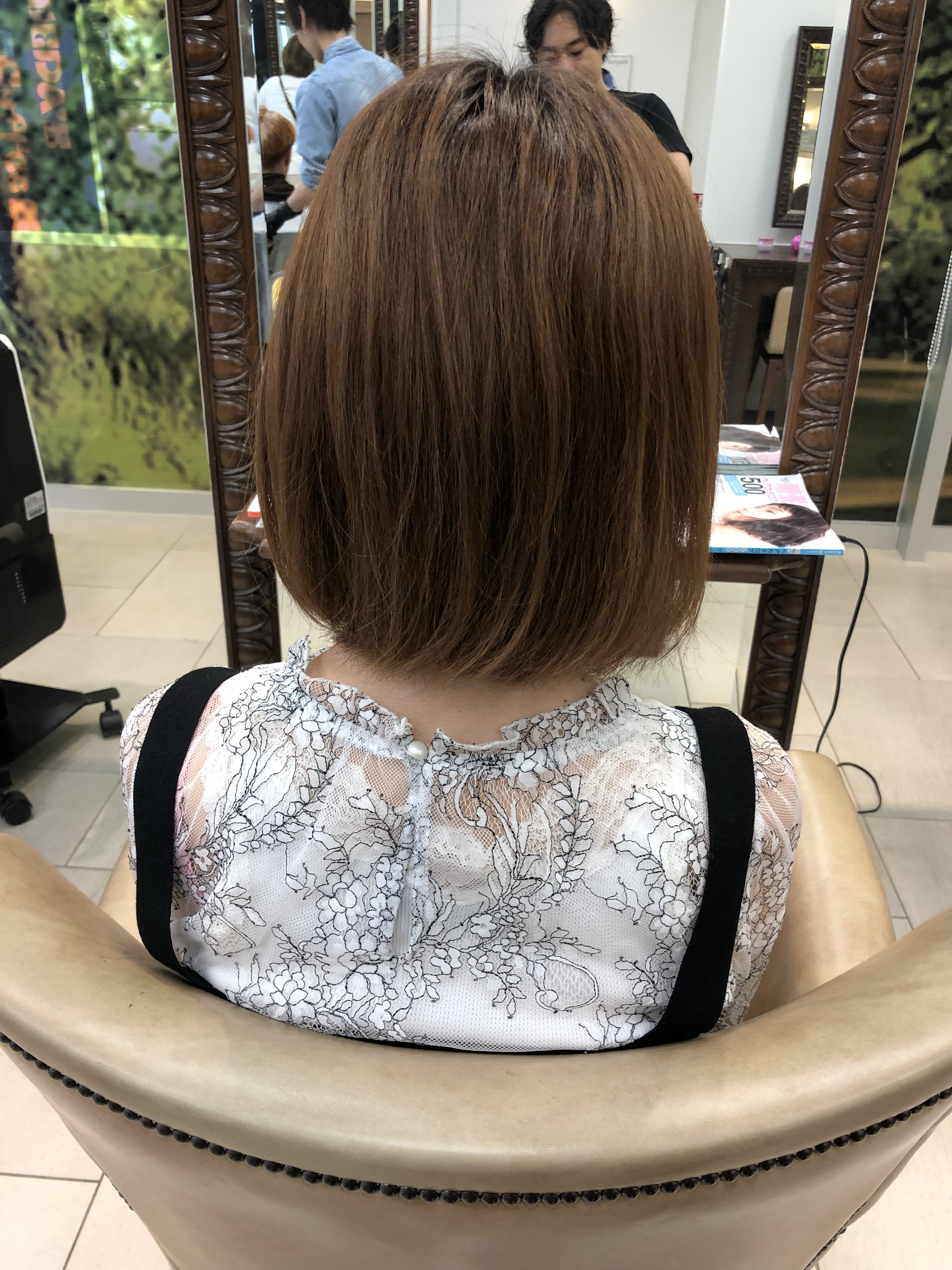 乾燥してクセで膨らむ髪には外ハネショートが良い感じ