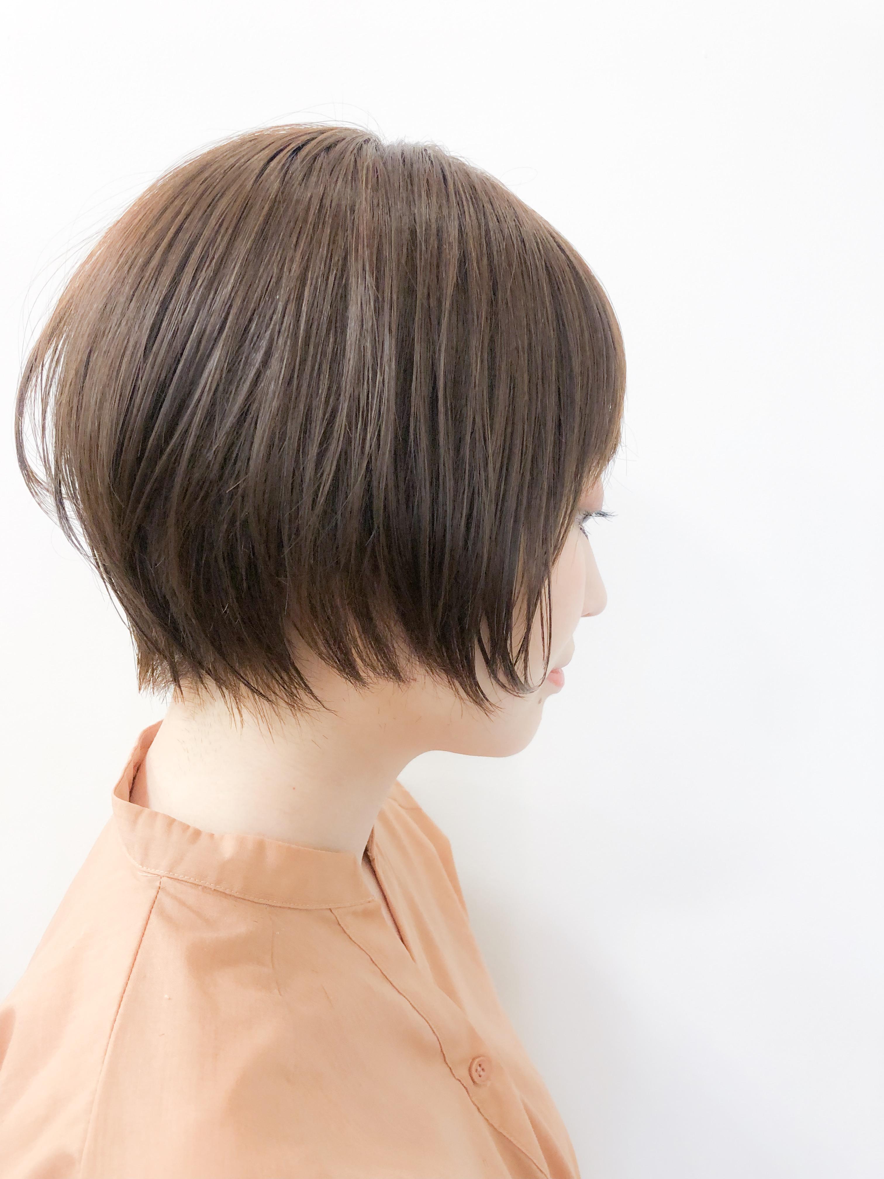 ショートヘア 横顔の印象はカットラインで決まる