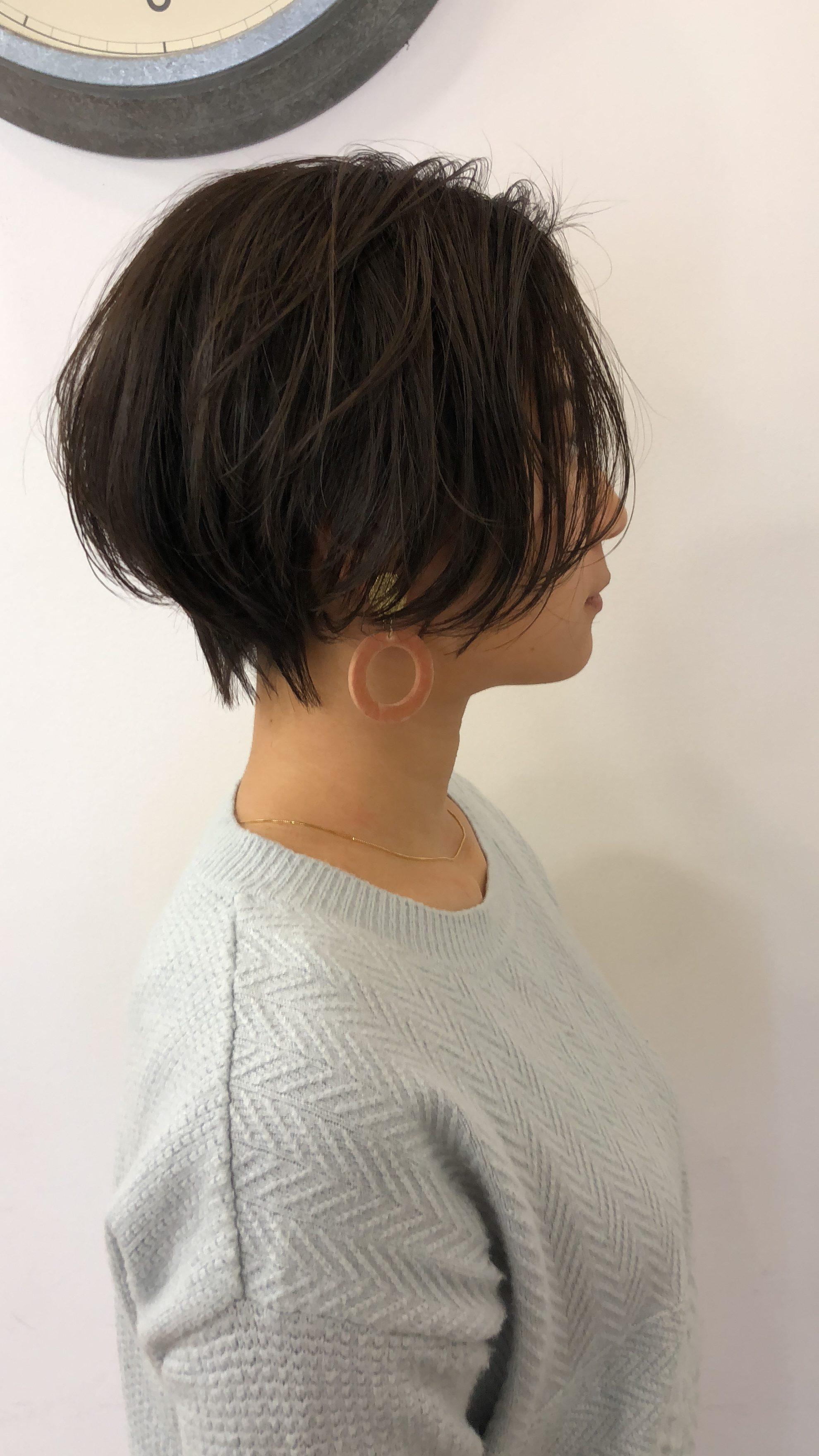 毛量多いボブ→襟足スッキリ前髪長めハンサム系ショートボブ